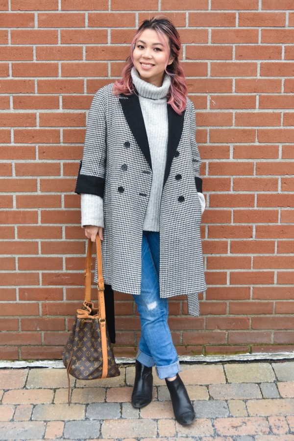 Ann Taylor houndstooth vintage thrifted jacket H&M turtleneck sweater Primark distressed jeans Zara booties Louis Vuitton petit noe handbag