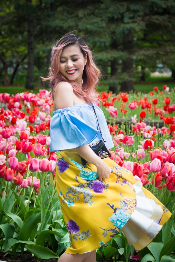 Montreal Botanical Gardens tulips Modcloth midi skirt Zara off-the-shoulder top embroidered clutch Le Chateau pumps heels spring fashion 1