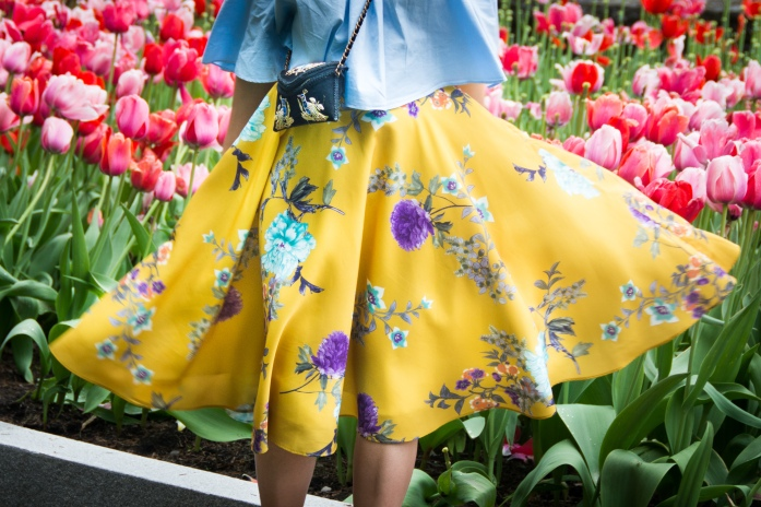Montreal Botanical Gardens tulips Modcloth midi skirt Zara off-the-shoulder top embroidered clutch Le Chateau pumps heels spring fashion 3
