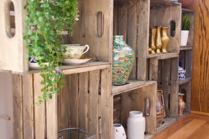 DIY wooden crate shelf 1