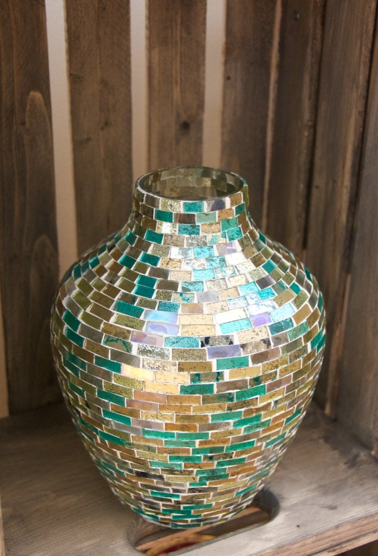 mosaic vase DIY wooden crate shelf