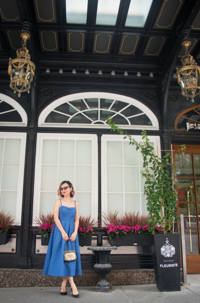 Ritz-Carlton Montreal high tea afternoon tea vintage retro fashion 50s midi dress Modcloth tapestry handbag cateye sunglasses 2