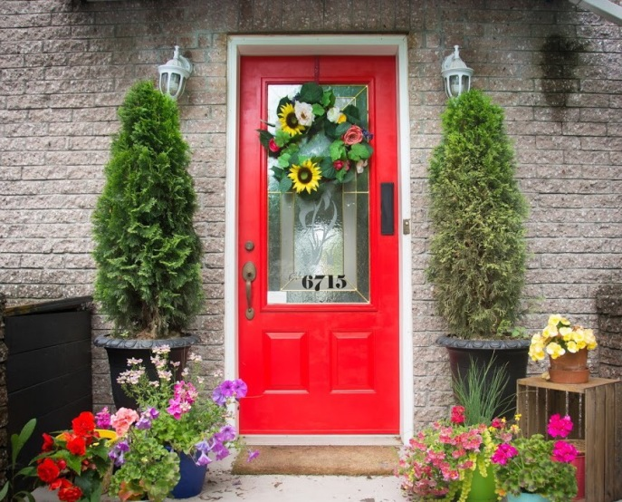 painting front door red DIY after Behr exterior paint and primer in one red geranium