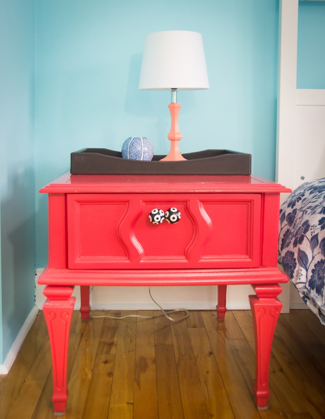 guest bedroom decor style interior decorating coral side table lamp
