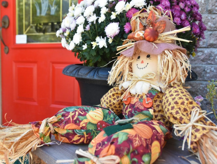 autumn fall scarecrow front door porch decor