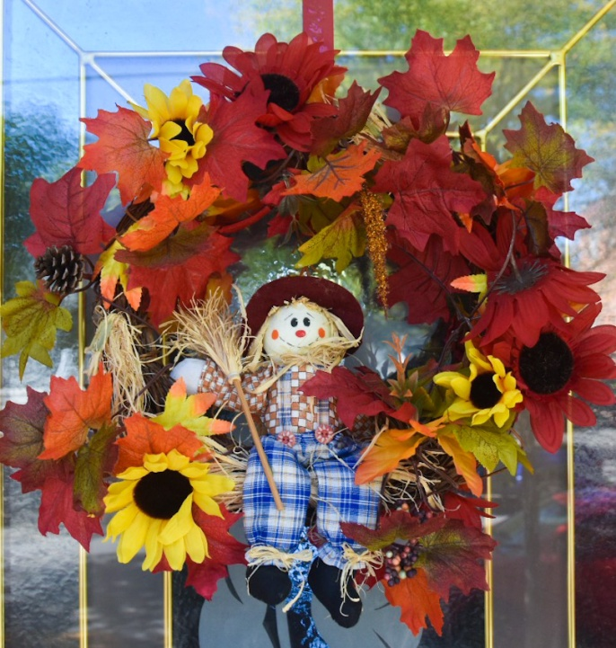 autumn fall wreath scarecrow