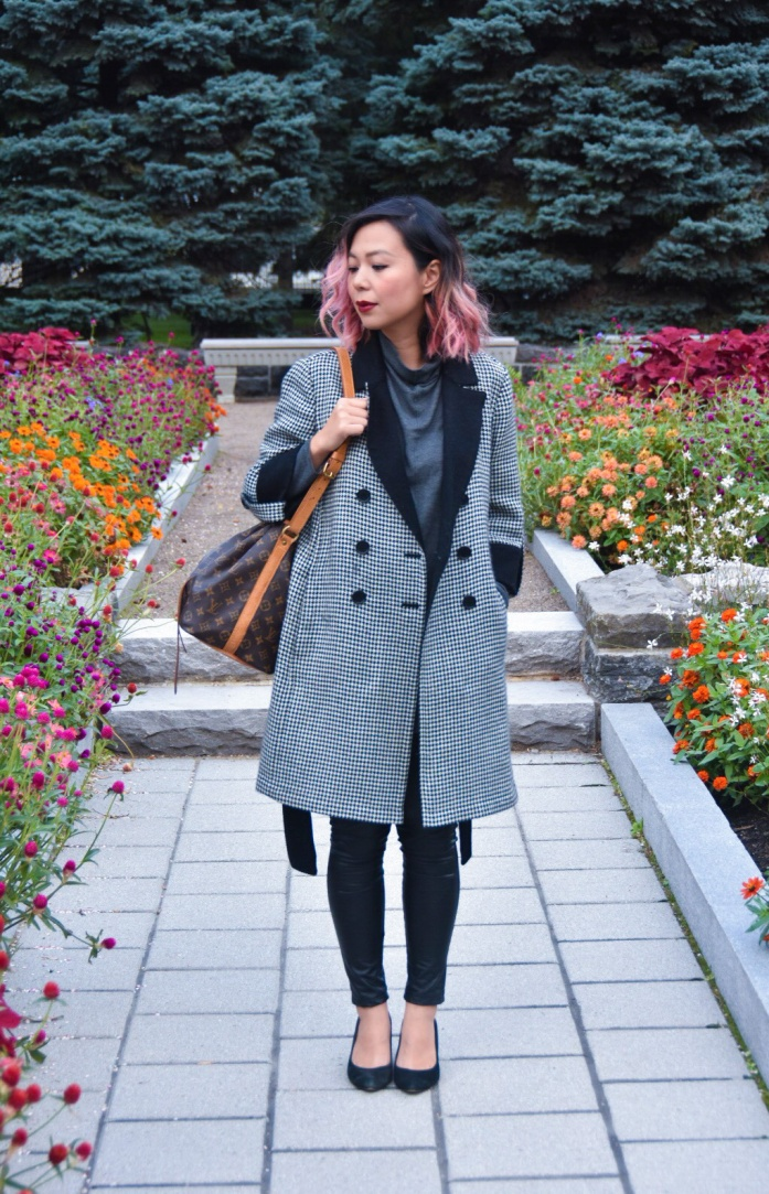 Montreal Botanical Gardens Chinese Lanterns vintage thrifted Ann Taylor houndstooth coat burgundy scarf grey turtleneck leather pants black wedges 3
