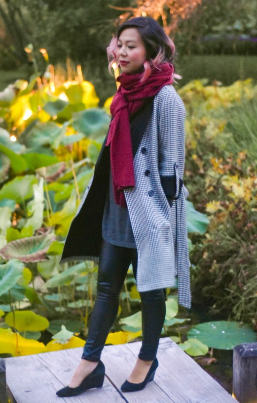 Montreal Botanical Gardens Chinese Lanterns vintage thrifted Ann Taylor houndstooth coat burgundy scarf grey turtleneck leather pants black wedges 5