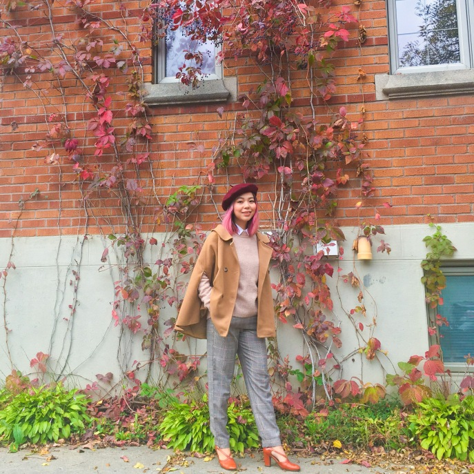 Simons burgundy beret camel cape H&M pink sweater collar button-down shirt checked menswear trousers vintage pumps fall autumn vines leaves fashion 2