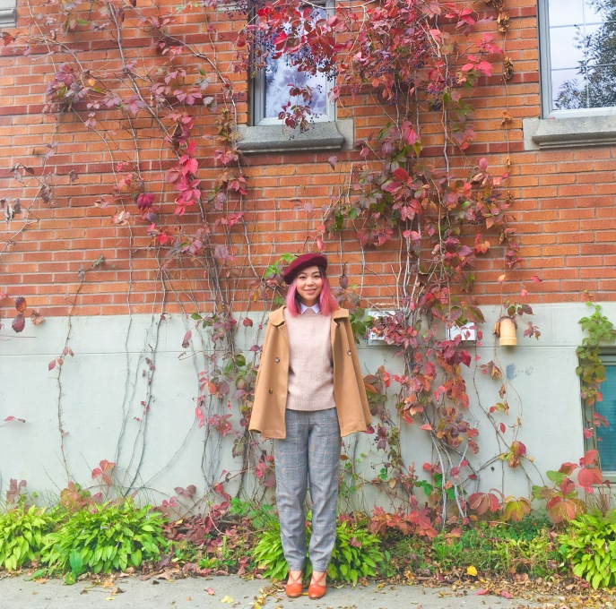 Simons burgundy beret camel cape H&M pink sweater collar button-down shirt checked menswear trousers vintage pumps fall autumn vines leaves fashion 3