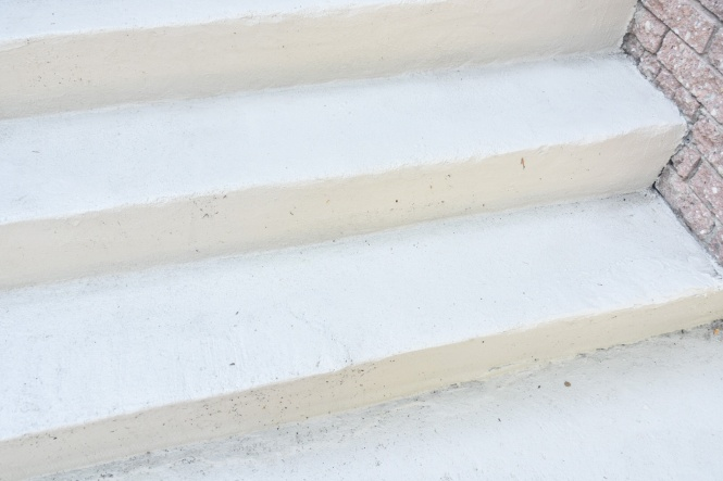DIY concrete stair step repair after photo 2