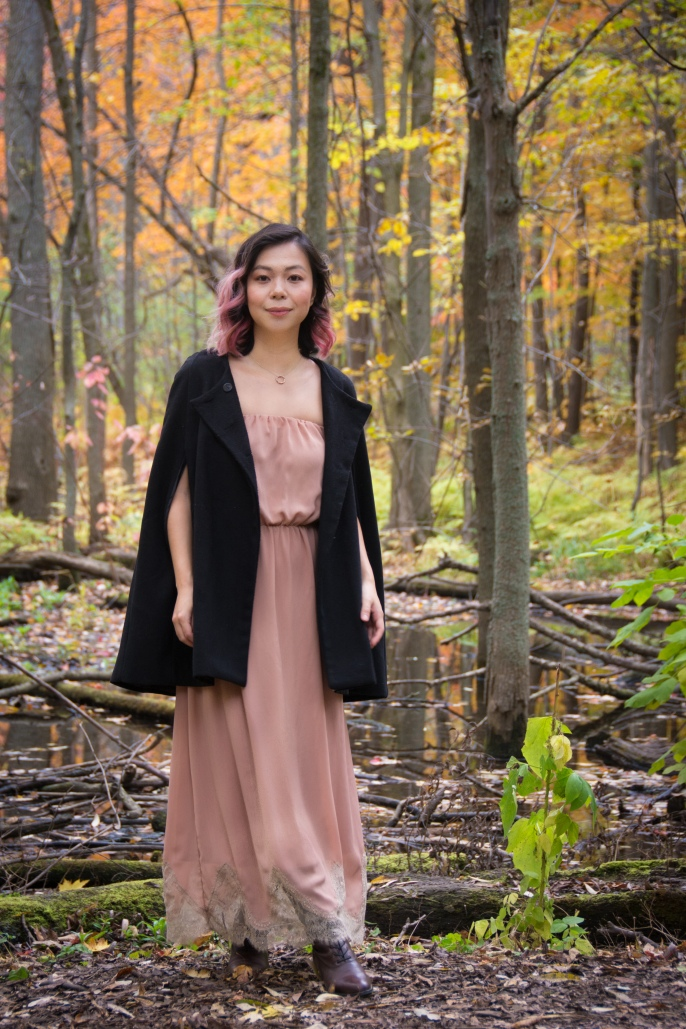 Montreal fall autumn leaves Mount Royal Zara dusty pink strapless maxi dress black cape fashion 3