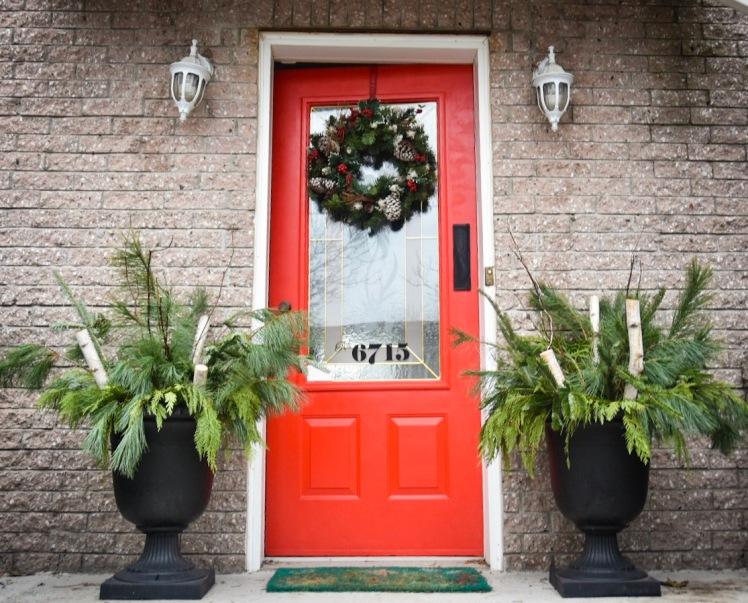 DIY Christmas Holiday planter porch evergreen arrangement display