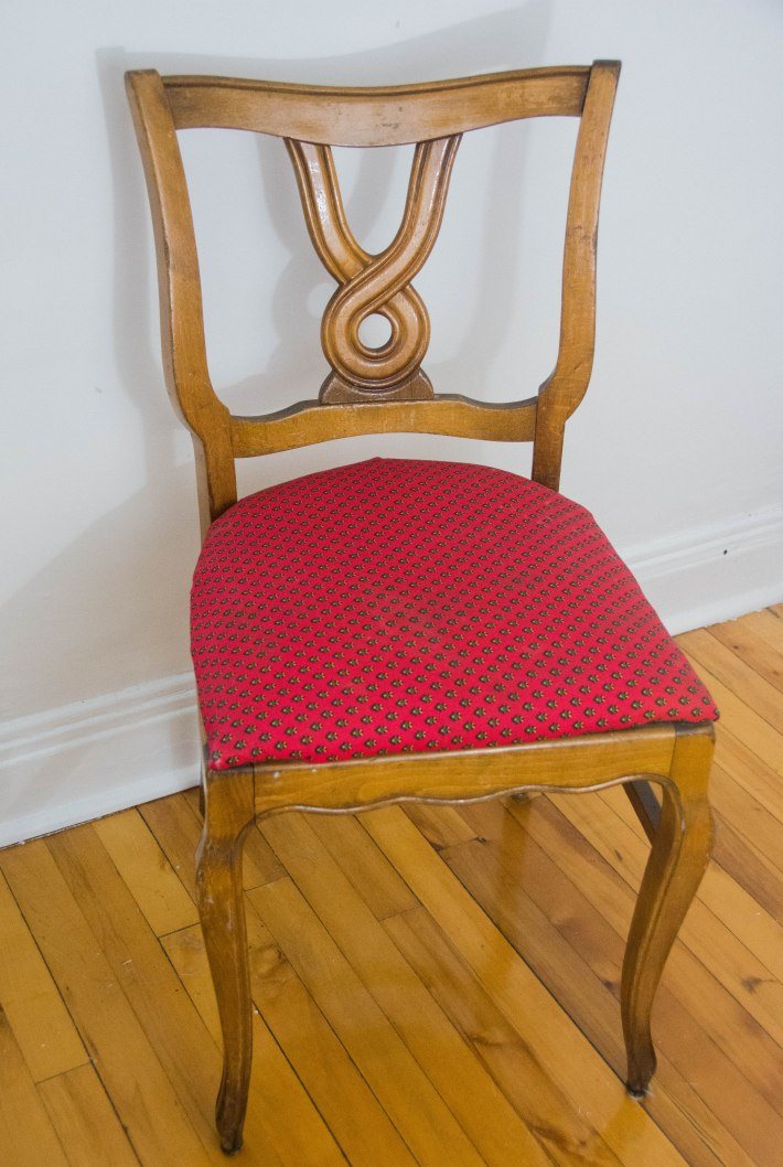 DIY reupholstered dining chair red velvet vintage retro furniture before picture