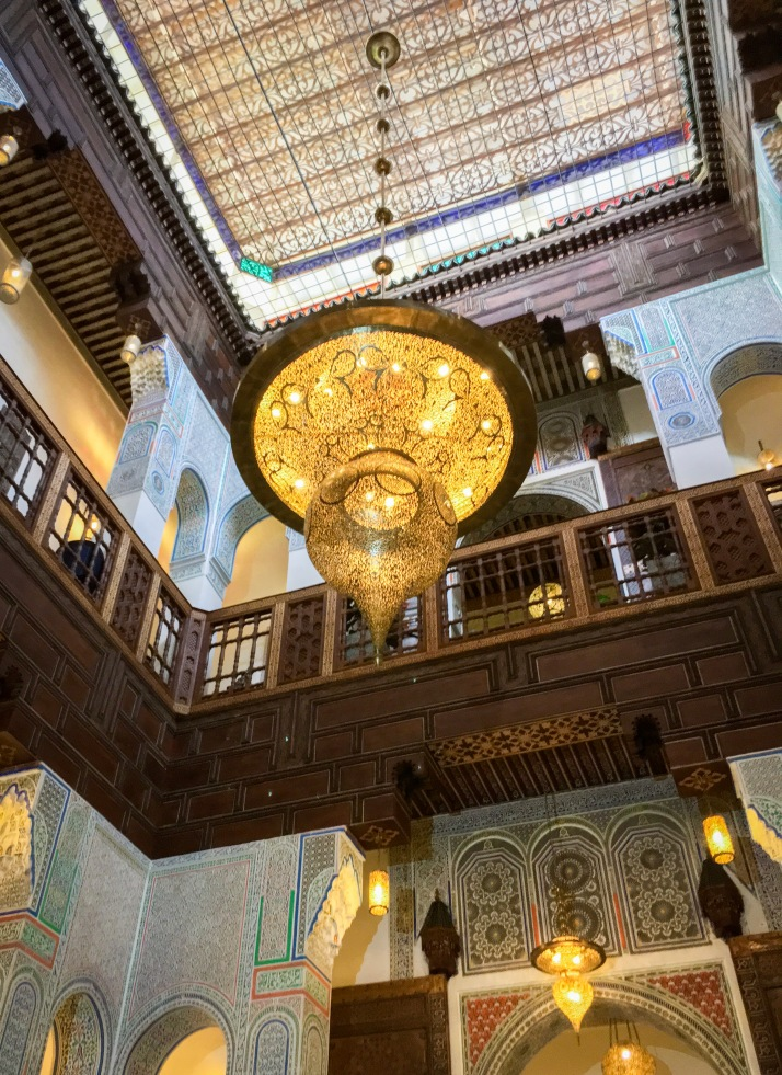 riad chandelier Morocco travel Montreal lifestyle fashion beauty blog