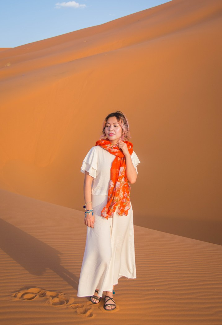 Sahara Desert sand dune Morocco travel Montreal lifestyle fashion beauty blog 2