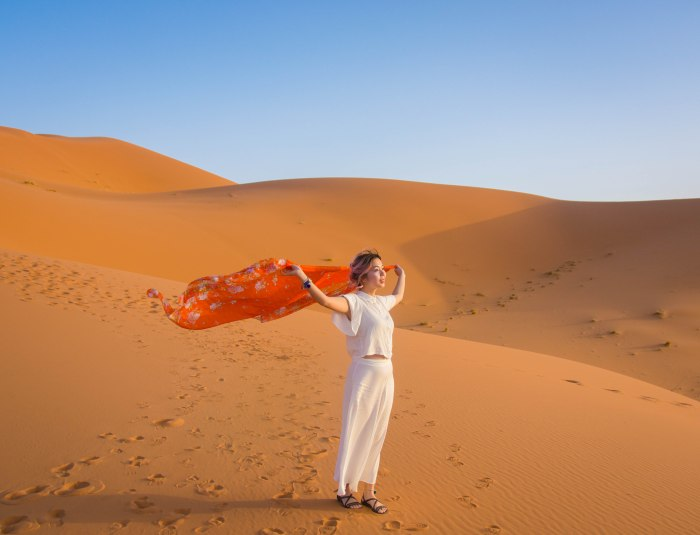 Sahara Desert sand dune Morocco travel Montreal lifestyle fashion beauty blog 4