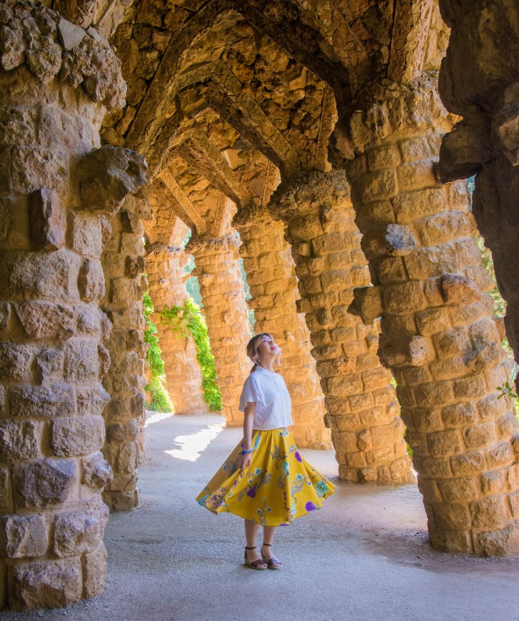 Barcelona Park Guell Gaudi walkway structure Spain travel Montreal lifestyle fashion beauty blog