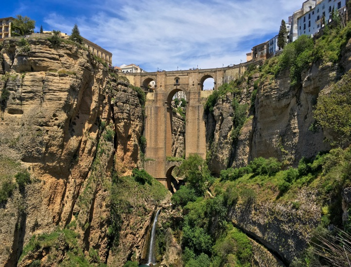 Ronda Puente Nuevo Spain travel Montreal lifestyle fashion beauty blog