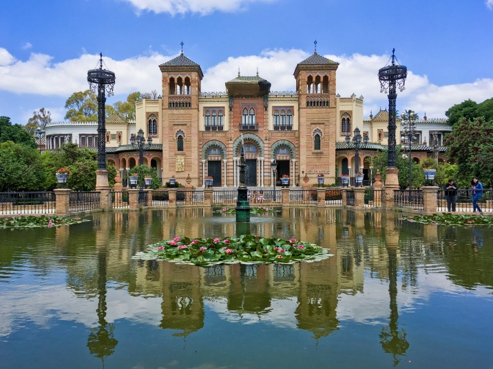 Sevilla Parque de Maria Luisa Spain travel Montreal lifestyle fashion beauty blog